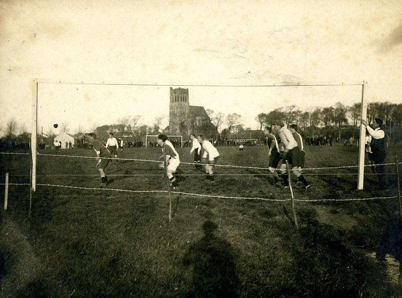Voetbal op Voorne-Putten